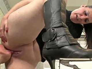 Submissive Slut Sucking Her Mistress's Pussy Vporn Com